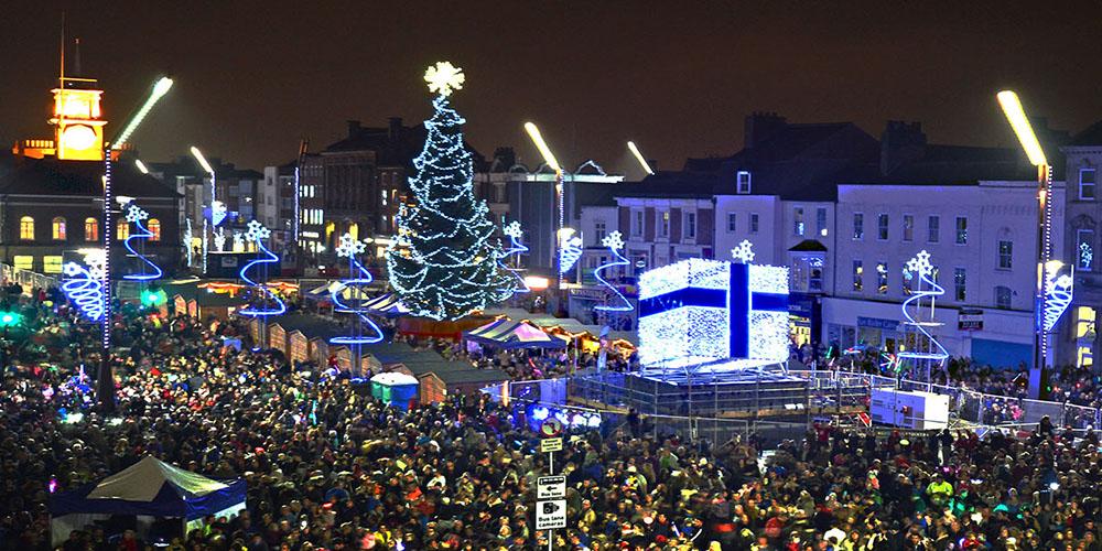 Christmas Tree With Mini Lighting